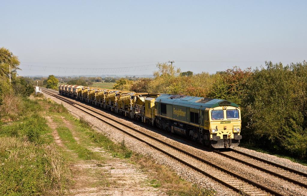 66565, 12.12 Westbury Yard-Taunton Fairwater Yard, via Bath, Banklands, near Bridgwater, 12-10-15.