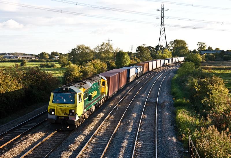 70001, 18.05 Cardiff Wentloog-Southampton MCT, Duffryn, Newport, 22-9-15.