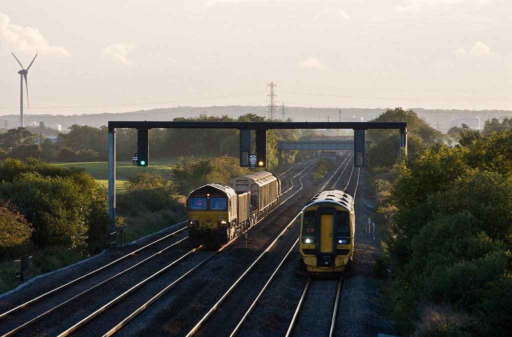 66024, 17.45 Margam-Newport Alexandra Dock Junction, 158955, 18.30 Cardiff Central-Portsmouth Harbour, Coedkernow, near Newport, 22-9-15.