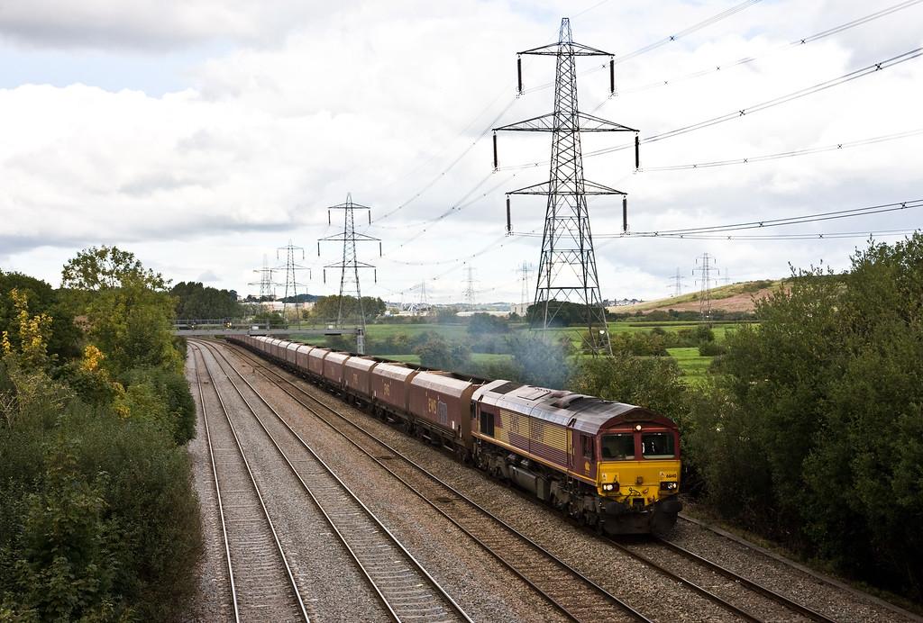 66140, 12.45 Newport East Usk Junction Yard-Onllwyn Washery, Duffryn, Newport, 22-9-15.