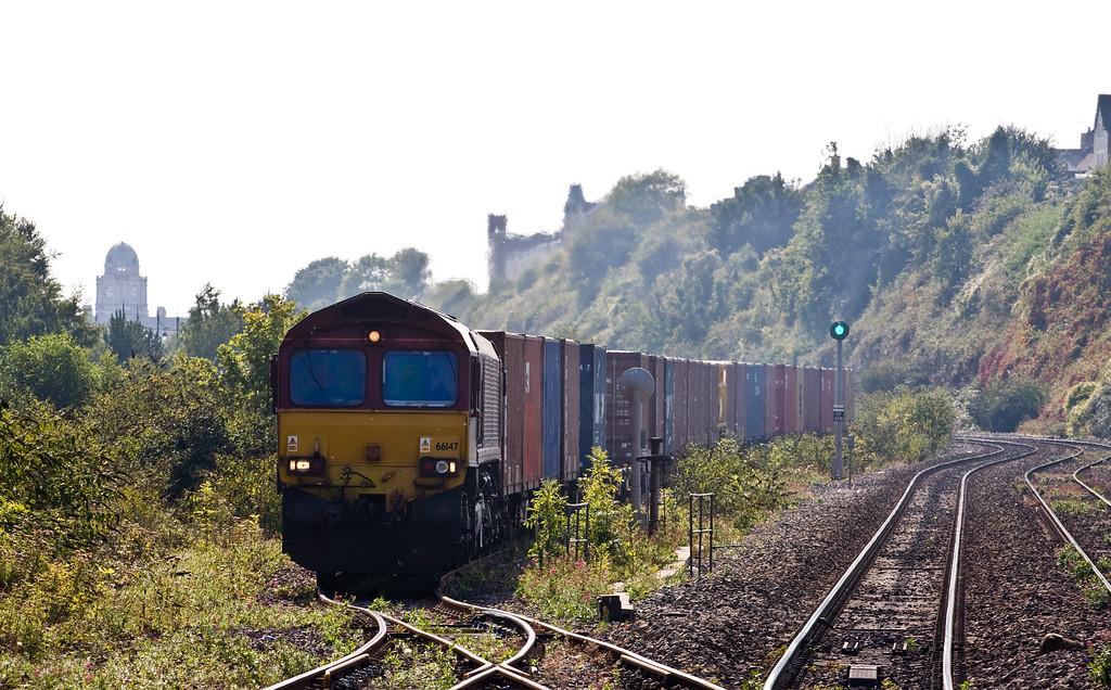 66147, 14.32 Barry Docks-Newport Alexandra Dock Junction, Cadoxton, near Barry, 10-9-15.