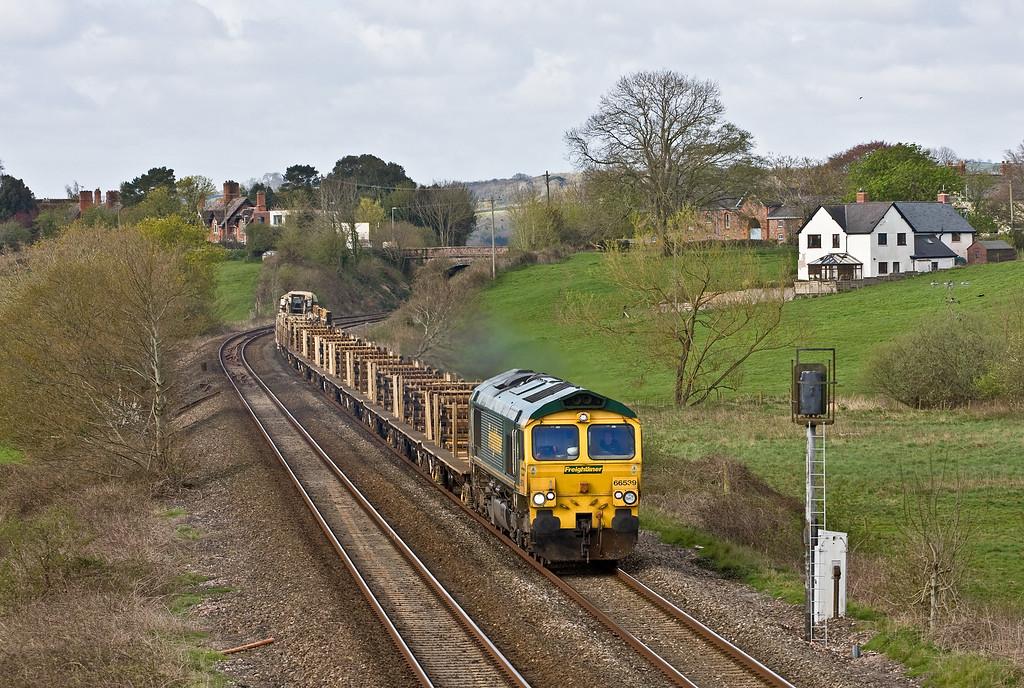 66539, 08.35 Totnes-Westbury, Rewe, near Exeter, 24-4-16.