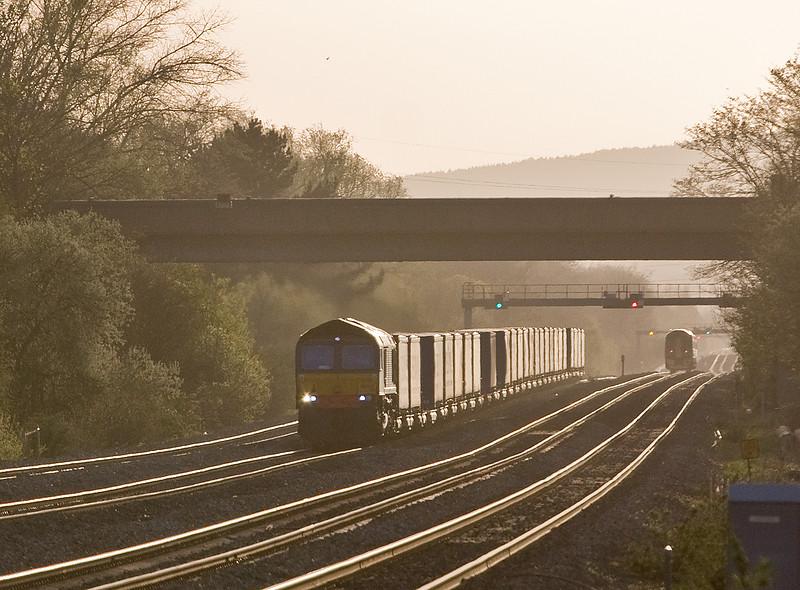 66425, 18.58 Cardiff Wentloog-Daventry, Bishton, near Newport, 20-4-16.
