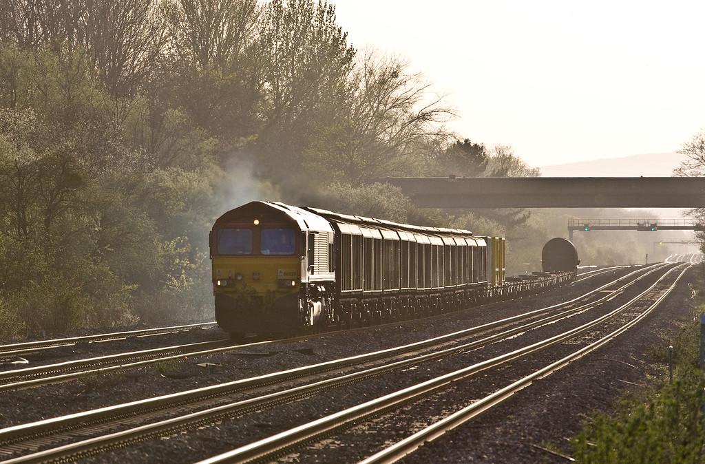 66059, 18.55 Newport Alexandra Dock Junction Yard-Didcot Yard, Bishton, near Newport, 20-4-16.