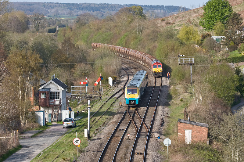 66152, 14.36 Moreton-on-Lugg Acton, Pontrilas, near Abergavenny, 20-4-16 (late). Stopped following report of flying stone cracking windscreen of 66113 (above). Departed after near three-hour delay at 19.37. 175102, 15.03 Carmarthen-Manchester Piccadilly, late because of problem with 66113's train.