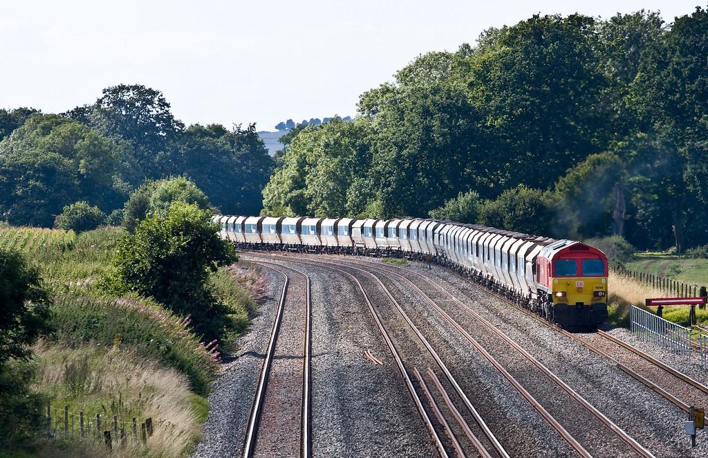 59204, 13.30 Whatley Quarry-Dagenham Dock, arriving Woodborough Loops, near Pewsey, 30-8-16.
