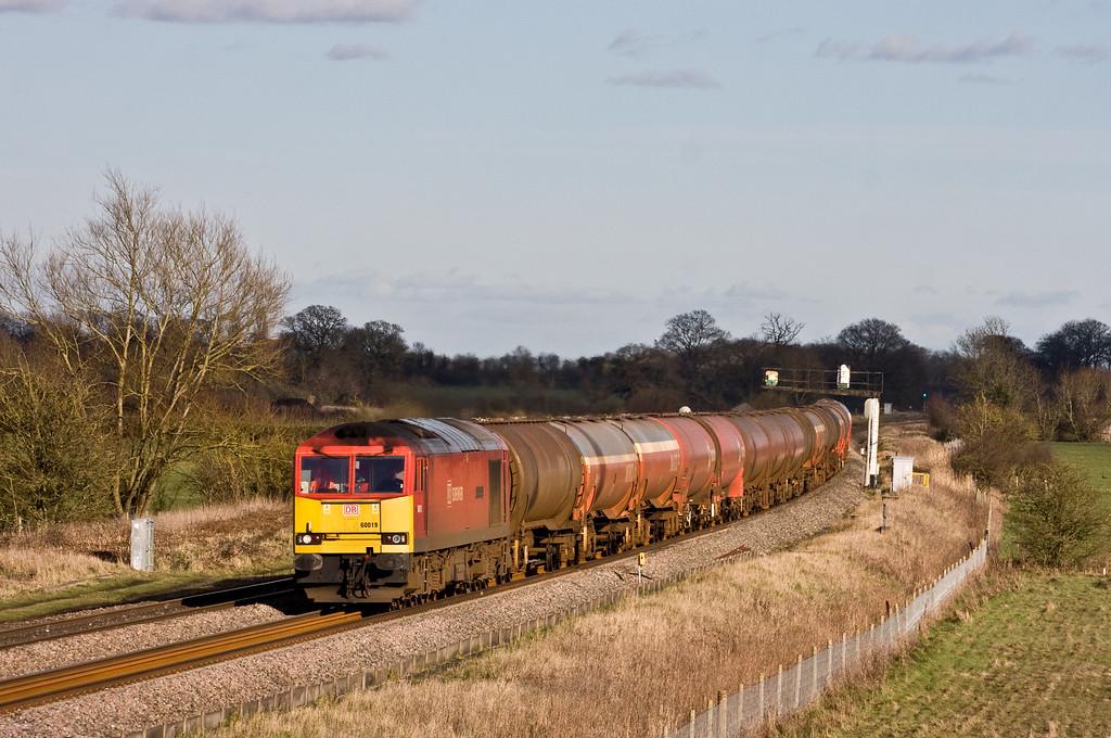 60019, 13.00 Theale Murco-Robeston Sidings, Shrivenham, near Swindon, 18-2-16.