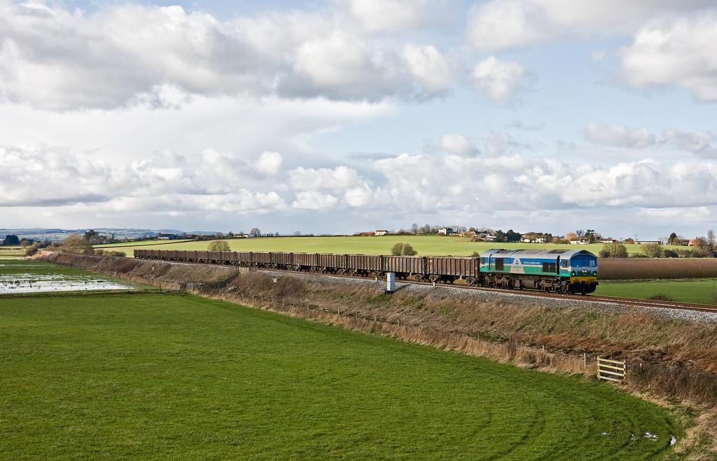 59005, 12.14 Exeter Riverside Yard-Whatley Quarry, Oath, near Langport, 11-2-16.
