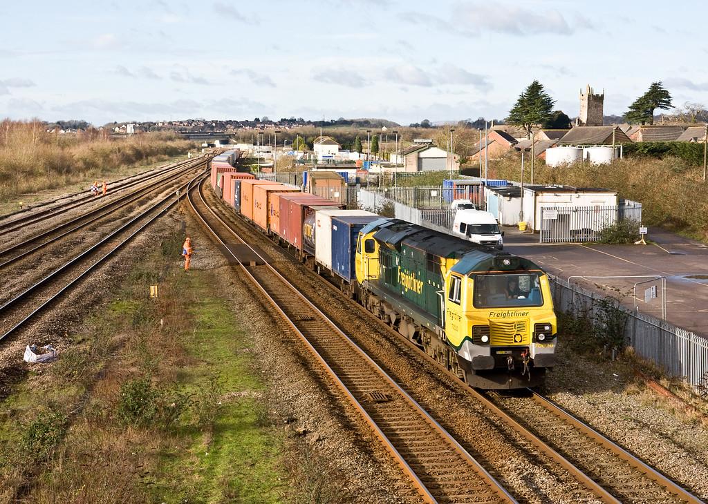 70020, 09.49 Cardiff Wentloog-Southampton Maritime, Severn Tunnel Junction, 10-2-16.