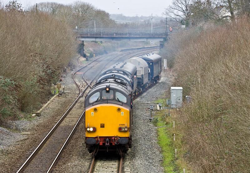 37609/37069, 08.00 Crewe Coal Sidings-Devonport Royal Dockyard, depart Tiverton Loops, Willand, near Tiverton, 27-1-16.
