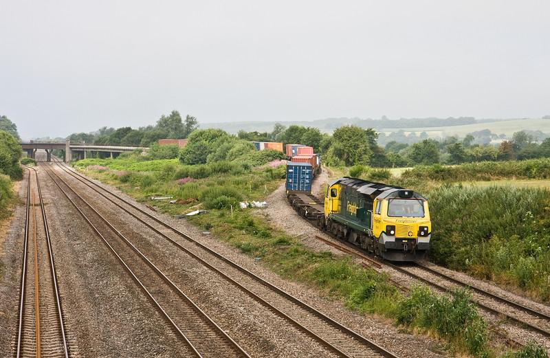 70019, 09.55, Cardiff Wentloog-Southampton Maritime, Llandevennny, near Llanwern, 18-7-16.