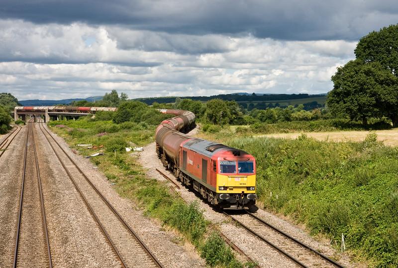 60044, 04.00 Robeston Sidings-Westerleigh Murco, Llandevenny, near Llanwern, 14-7-16.