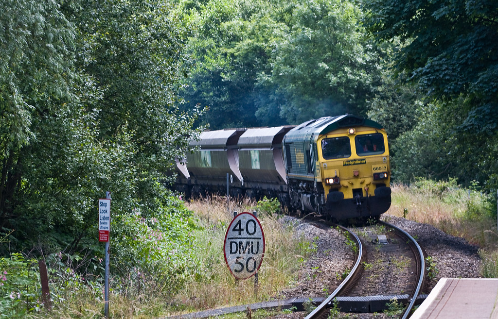 66513, 09.30 Stoke Gifford Yard-Tower Colliery, Fernhill, near Aberdare, 18-7-16.