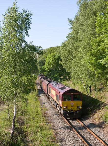 66043, 14.45 Cwmbargoed Opencast Colliery-Port Talbot Grange Sidings, Trelewis, near Nelson 2-6-16.