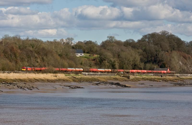 60019, 11.10 Westerleigh Murco-Robeston Sidings, Gatcombe, near Lydney, 7-3-16.