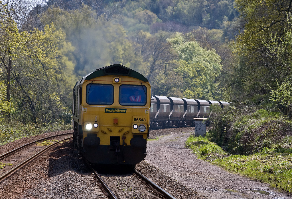 66548, 10.50 Bristol Stoke Gifford Yard-Tower Colliety, Treforest Estate, near Pontypridd, 4-5-16.