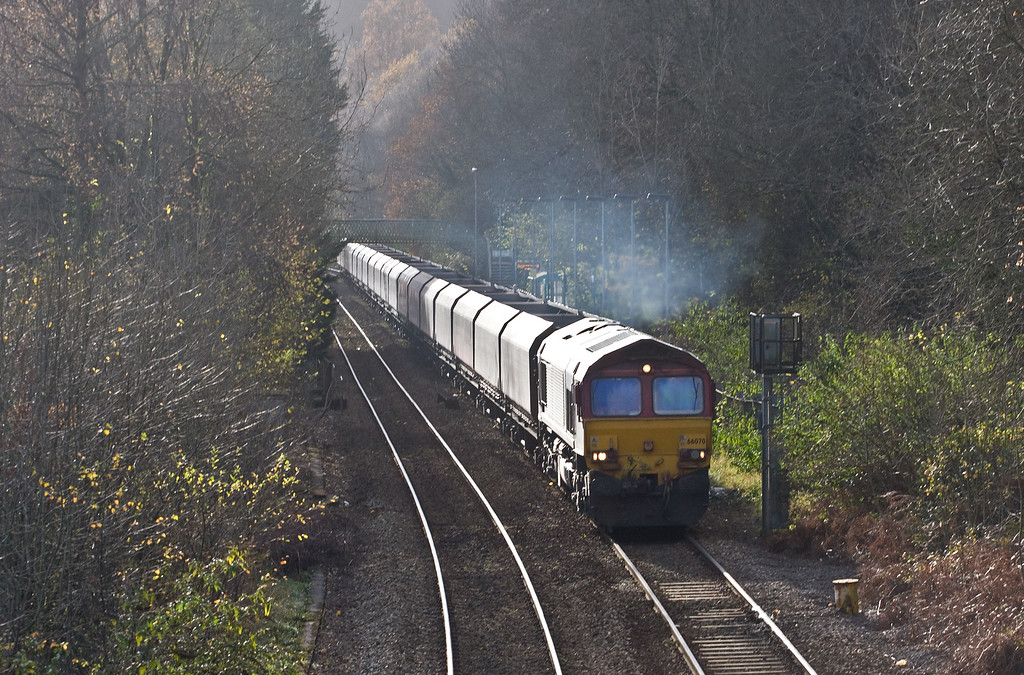 66070, 00.20 Hope Earles Sidings-Cwmbargoed Opencast Colliery, Llanbradach, near Ystrad Mynach, 28-11-16.