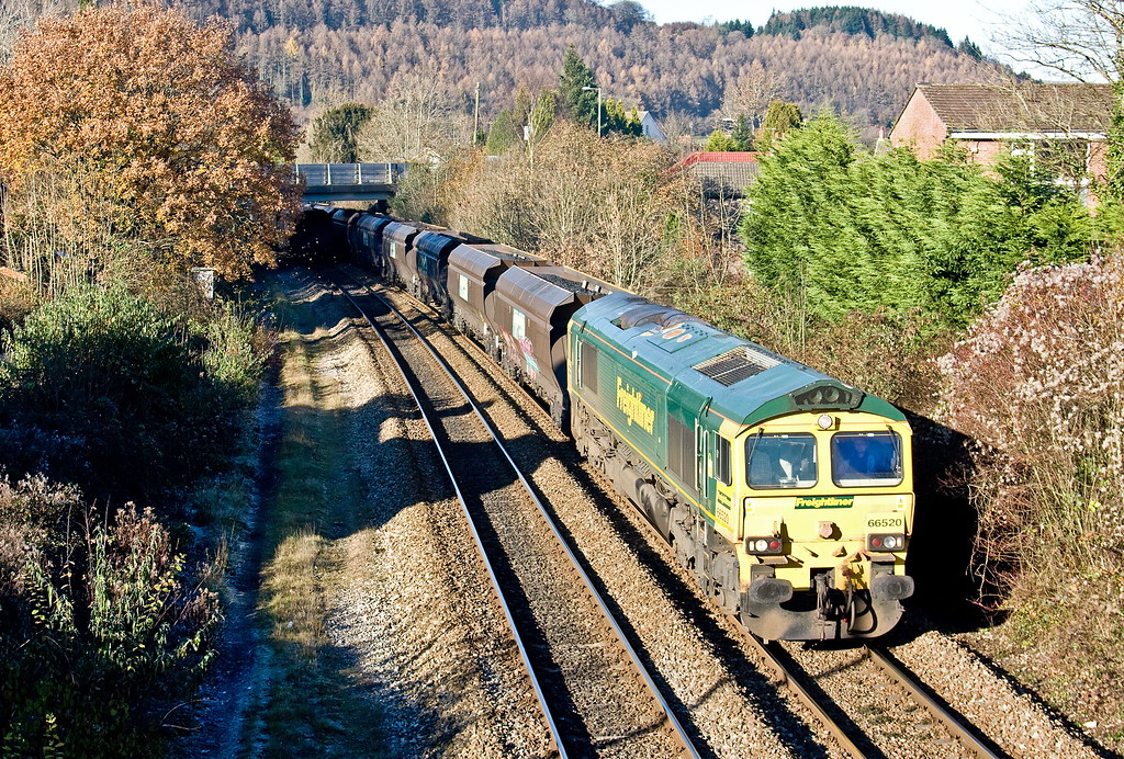 66520, 10.54 Tower Colliery-Aberthaw Power Station, Taff's Well, 30-11-16.