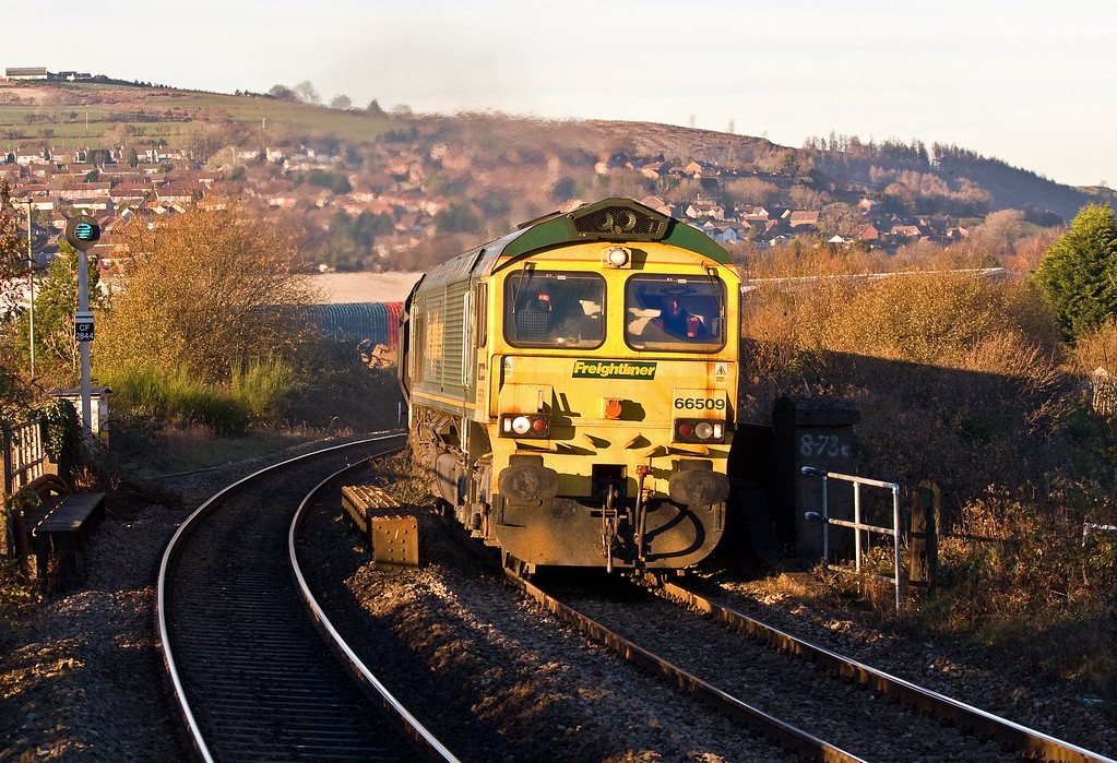 66509, 10.39 Cwmbargoed Opencast Colliery-Aberthaw Power Station, Aber, Caerphilly, 30-11-16.