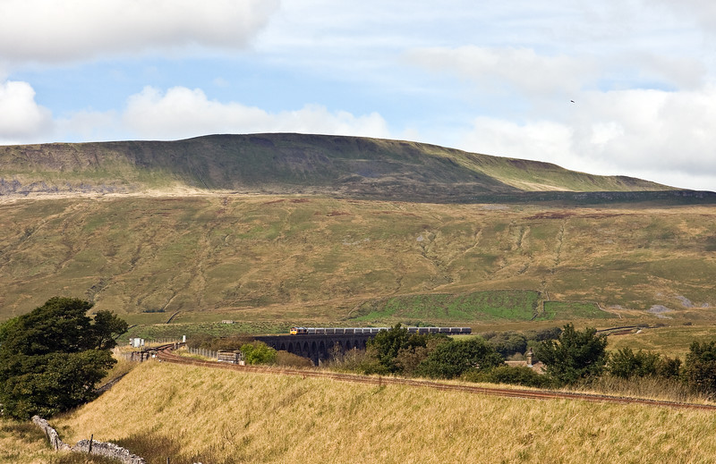 66772, 12.12 Arcow Quarry-Pendleton (Manchester), Ribblehead Viaduct, 16-9-16.