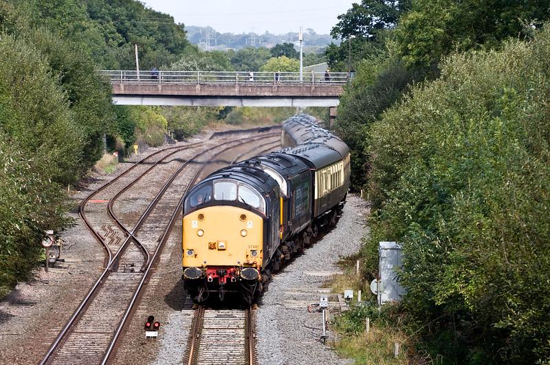 37601/37612, 10.21 Eastleigh-Paignton, Willand, near Tiverton, 29-9-16. ecs for four-day Autumn West Highlander Railcruise starting 30-9-16.