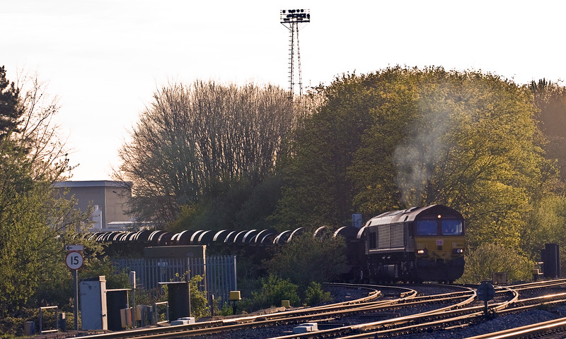 66176, 16.21 Margam-Hartlepool BSC, restarting from Llanwern complex, Bishton, near Newport, 11-4-17.