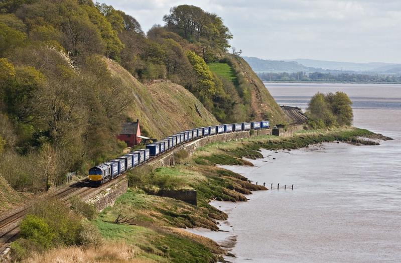 66305, 08.20 Daventry Railfreight Terminal-Cardiff Wentloog, Gatcombe, near Lydney, 11-4-17.
