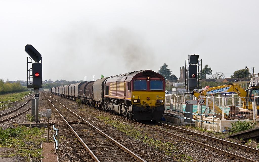 66093, 11.52 Margam-Round Oak, Severn Tunnel Junction, 11-4-17.