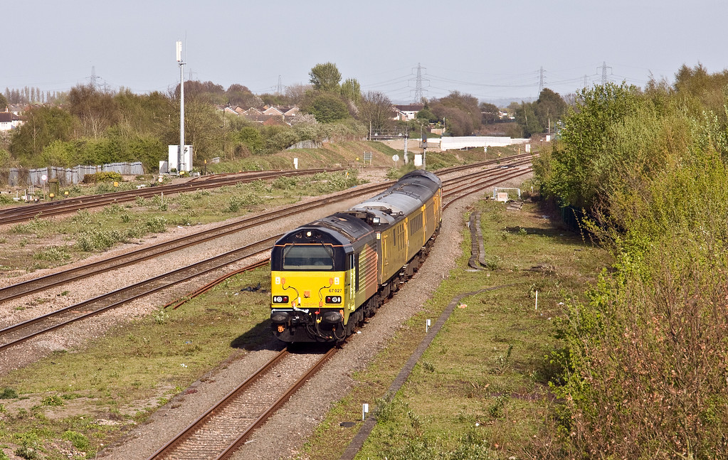 67027/67023, top-and-tailing 06.42 Derby RTC-Landore TMD, Severn Tunnel Junction, 11-4-17.