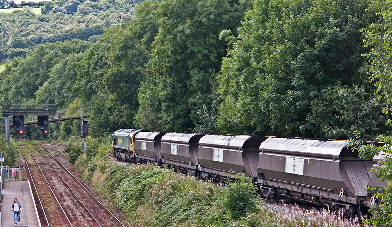 66551, 10.39 Cwmbargoed Opencast Colliery-Port Talbot Grange Sidings, Ystrad Mynach,10-8-17 (early).