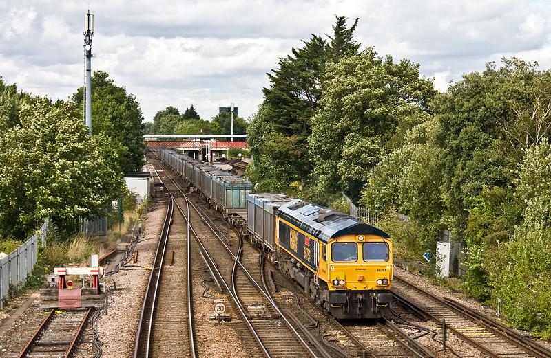 66751, 12.19 Mountfield-Southampton West Docks, St Denys, Southampton, 1-8-17.