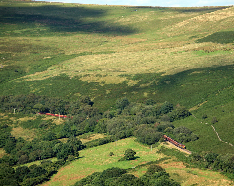 66177, 15.45 Cwmbargoed Opencast Colliery-Port Talbot Grange Sidings, between Cwmbargoed and Bedlinog, 10-8-17.