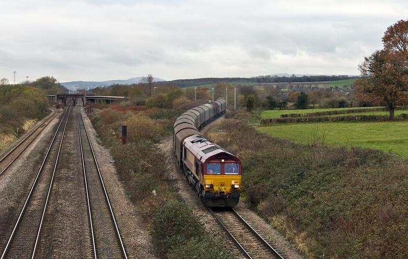 66197, 11.52 Margam-Round Oak, Llandevenny, near Llanwern, 4-12-17.