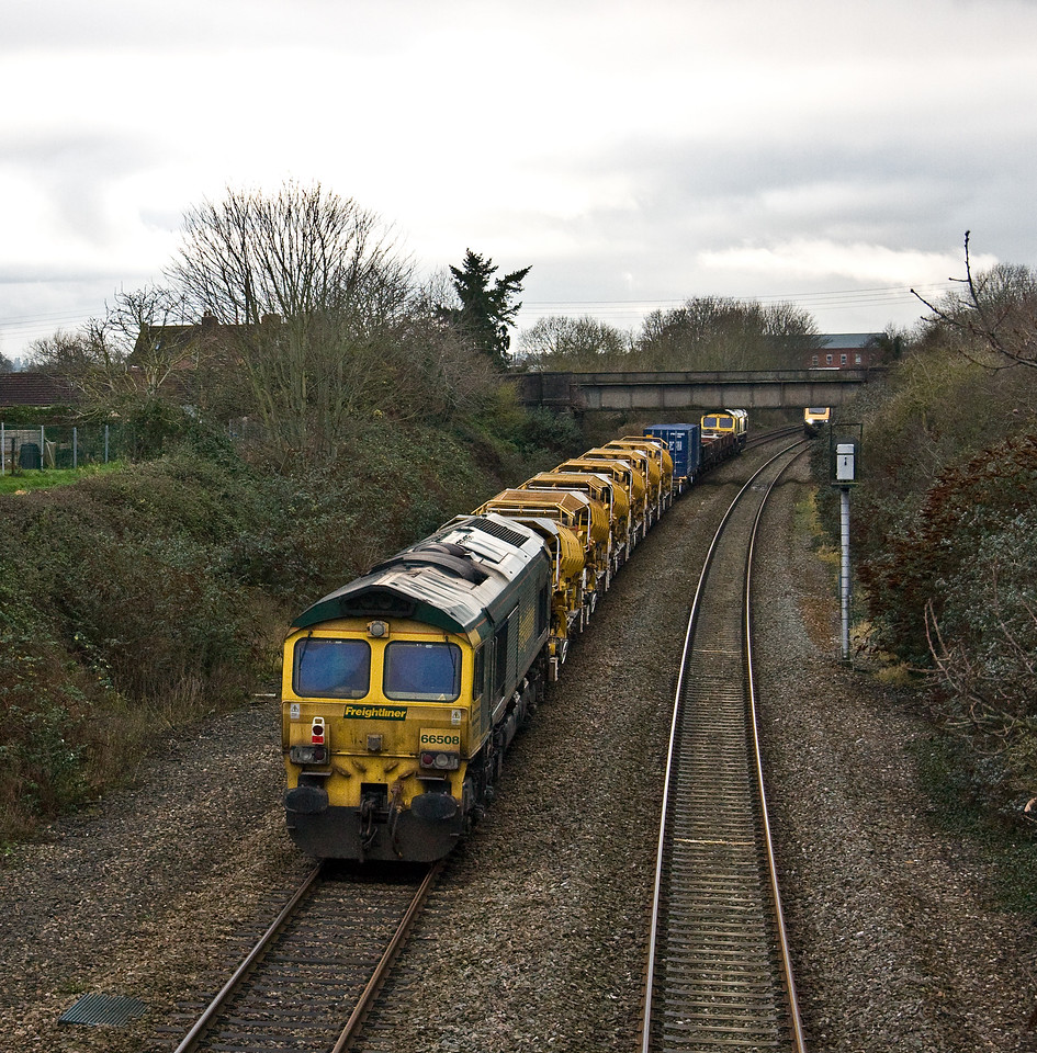 66416/66508,10.20 Willesden Euroterminal-Taunton Fairwater Yard, Creech St Michael, near Taunton, 22-12-17.