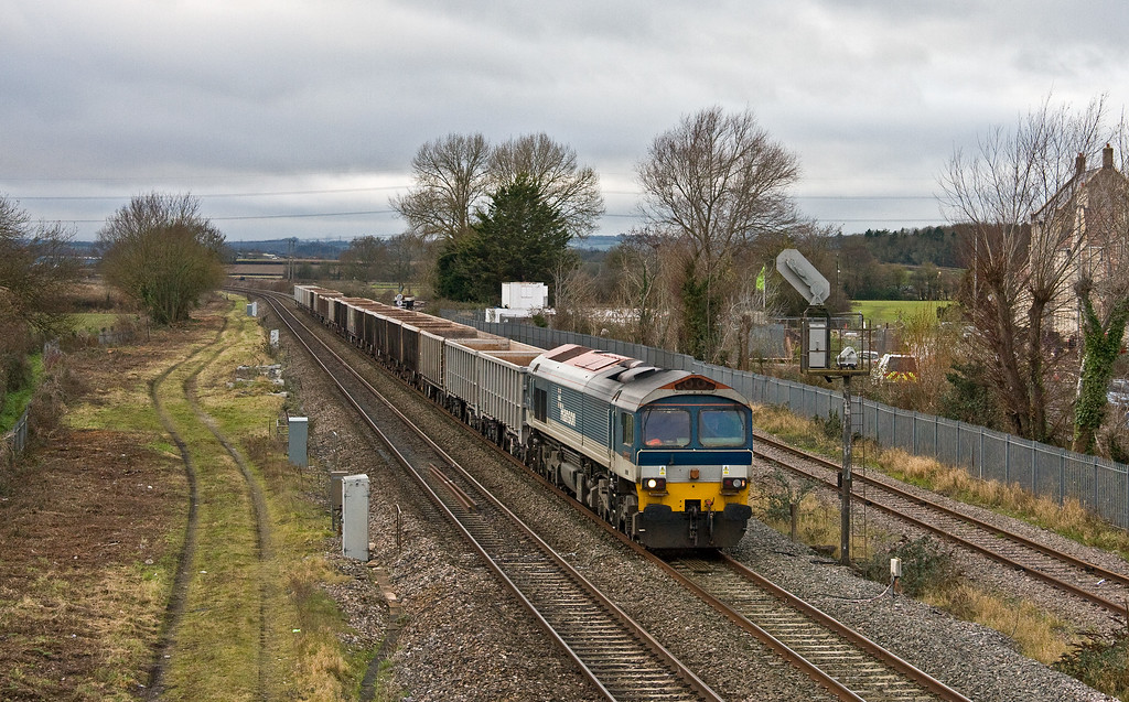 59101, 13.44 Exeter Riverside Yard-Whatley Quarry, Norton Fitzwarren, near Taunton, 20-12-17.