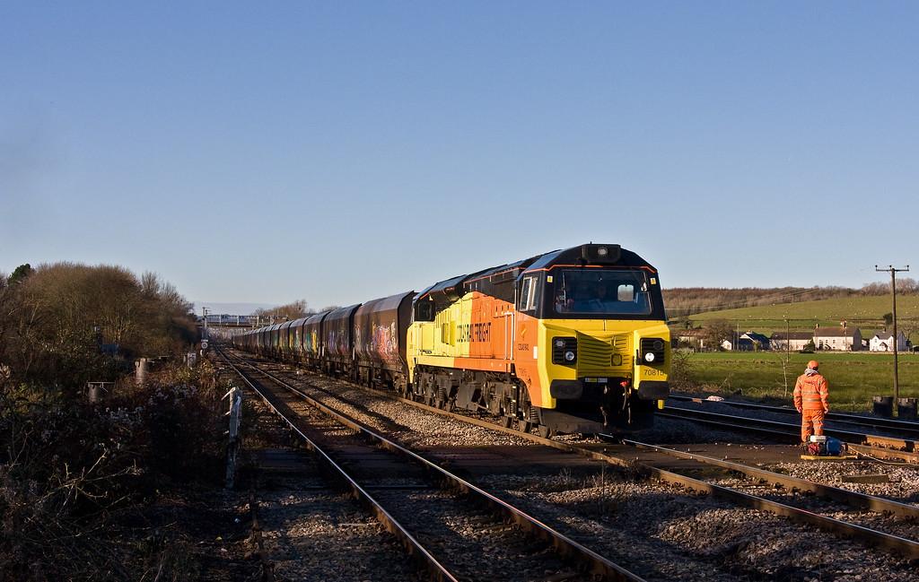 66198, 03.03 Warrington Arpley Sidings-Newport Alexandra Dock Junction Yard, Ponthir, near Newport, 15-12-17.