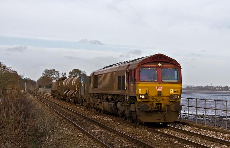 66127/66027, 08.50 Westbury-St Blazey, via Salisbury, Powderham, near Exeter, 7-12-17.