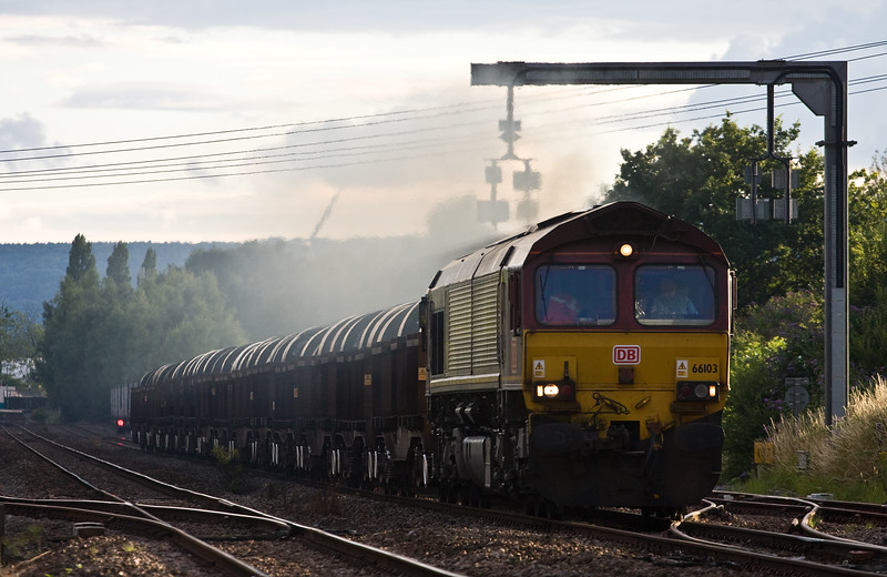 66103, 16.21 Margam-Hartlepool, passing 66421, 18.58 Cardiff Wentloog-Daventry Railfreight Terminal, Lydney Loops, 13-7-17.