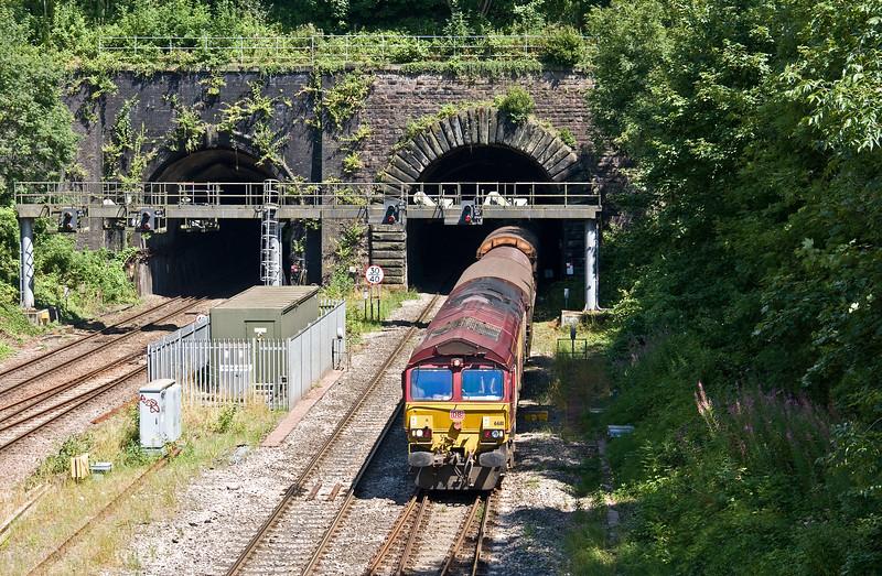66111, 12.00 Llanwern Exchange Sidings-Newport Docks, Gaer Junction, Newport, 24-7-17.