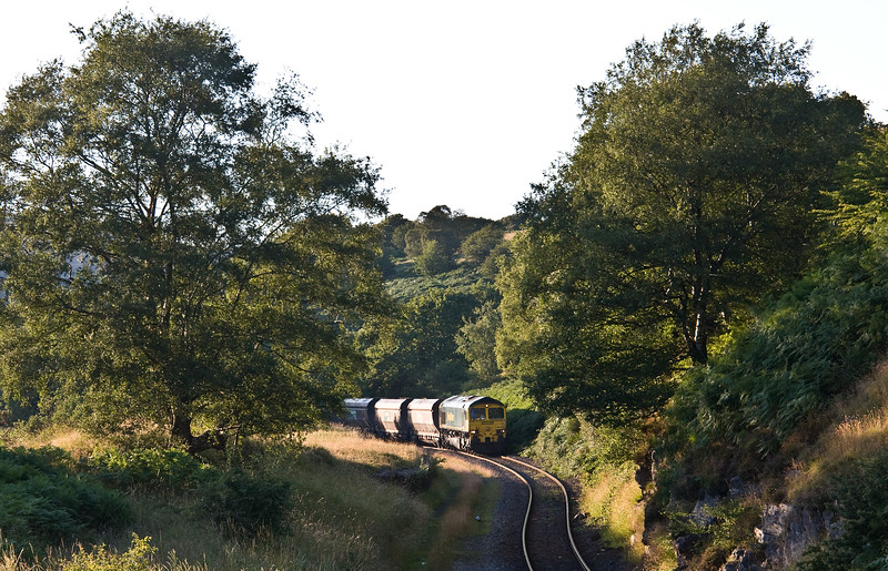 66519, 18.45 Cwmbargoed Opencast Colliery-Port Talbot Grange Sidings, Bedlinog, 24-7-17.