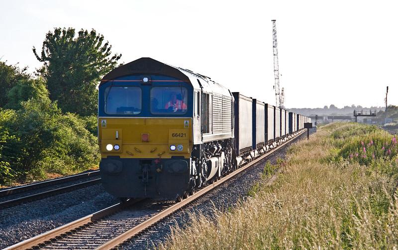 66421, 18.58 Cardiff Wentloog-Daventry Rail Freight Terminal, Caldicot, 13-6-17.