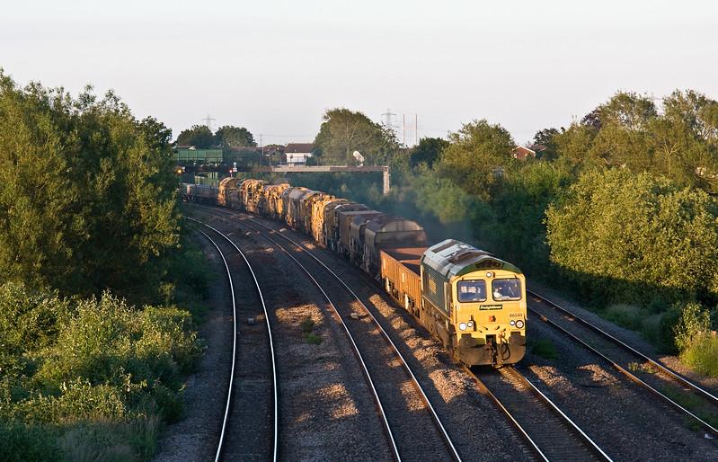 66549/66514, top'n'tail 17.40 Taunton Fairwater Yard-Miskin (near Cardiff), Magor, 13-6-17.