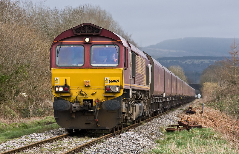 66069, 11.27 Newport Alexandra Dock Junction Yard-Tower Colliery, Berthllwyd Farm Crossing, Hirwaun, 13-3-17.