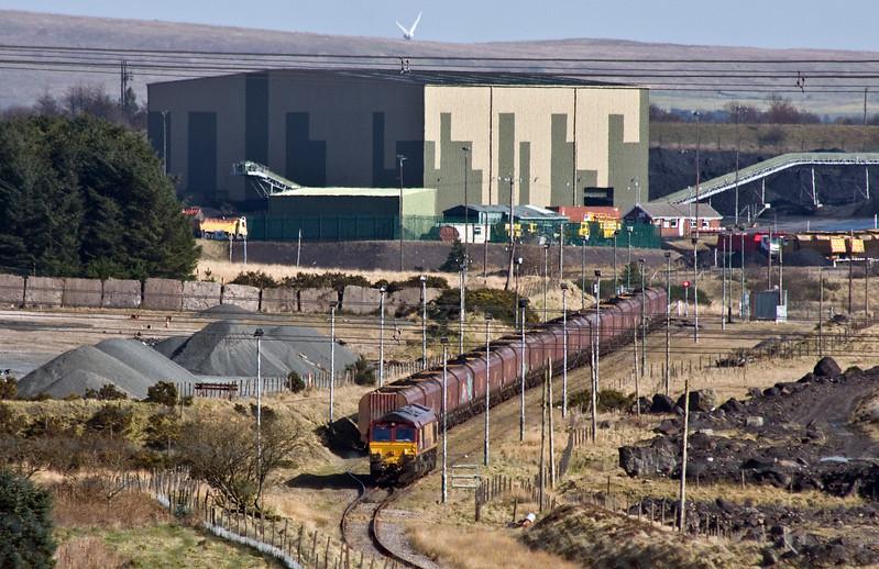 66116, 14.45 Cwmbargoed-Port Talbot Grange Sidings, running round at Cwmbargoed, 15-3-17.