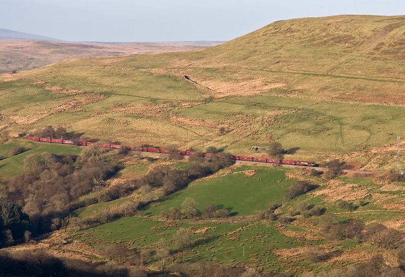 66116, 14.45 Cwmbargoed-Port Talbot Grange Sidings, between Cwmbargoed and Bedlinog, 15-3-17.