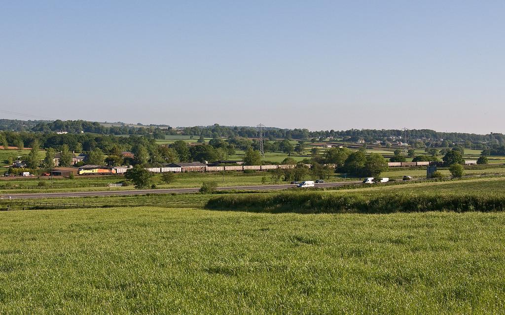 70809, 05.27 Westbury Yard-Exeter Riverside Yard, Pugham Crossing, near Burlescombe, 25-5-17. Started 66 late.