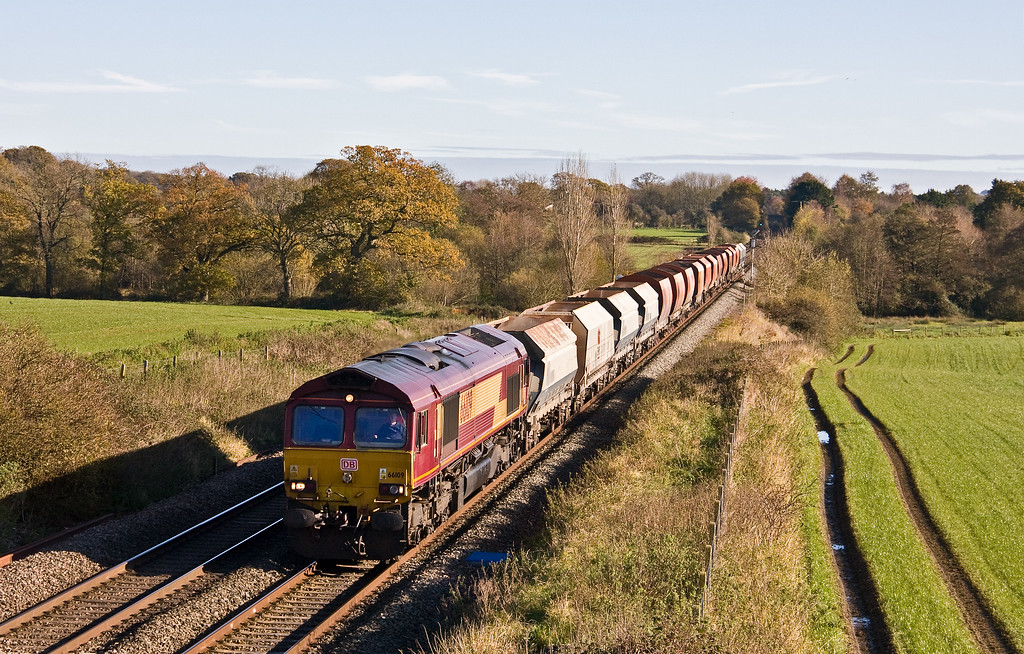 66109, 07.16 Wembley Euro Freight Operations Centre-Whatley Quarry, Woodborough, near Pewsey, 8-11-17 (late).
