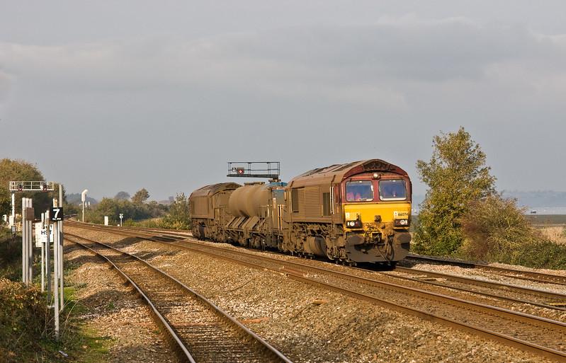 66074/66027, 08.50 Westbury-St Blazey, via Salisbury, Dawlish Warren, 3-11-17.