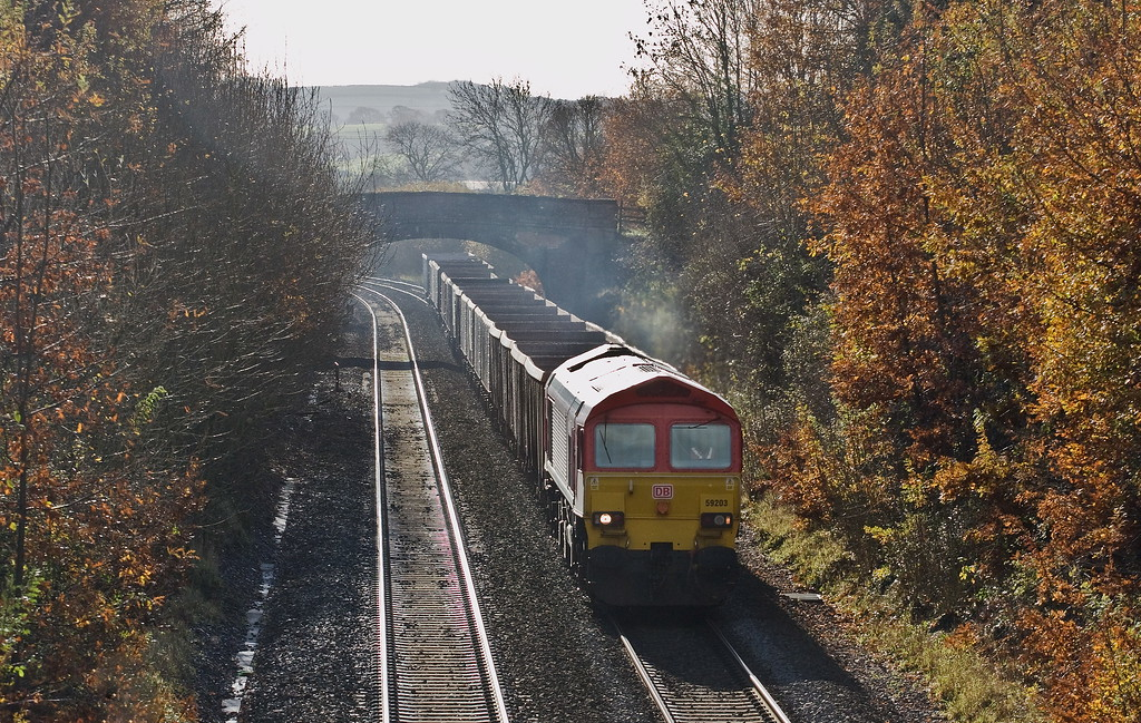 59203, 13.44 Exeter Riverside Yard-Whatley Quarry, about to enter Tiverton Loops, Willand, near Tiverton, 24-11-17 (early).