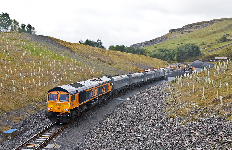 66726, 04.35 Wrenthorpe (Wakefield)-Arcow Quarry, loading 11.25 Arcow Quarry-Pendleton (Manchester), 2-10-17.
